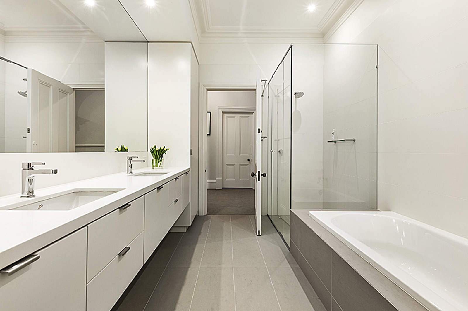 Contemporary bathrooms cos interiors pty ltd for Bathroom designs melbourne