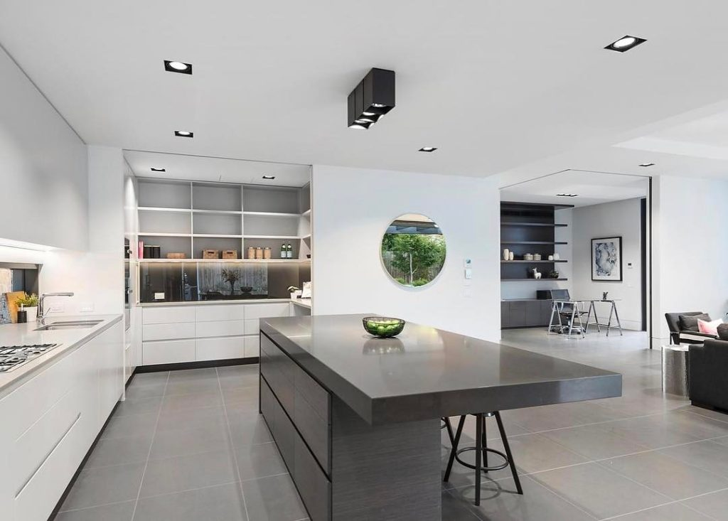 Loving this grand scale modern butlers pantry! This build washellip