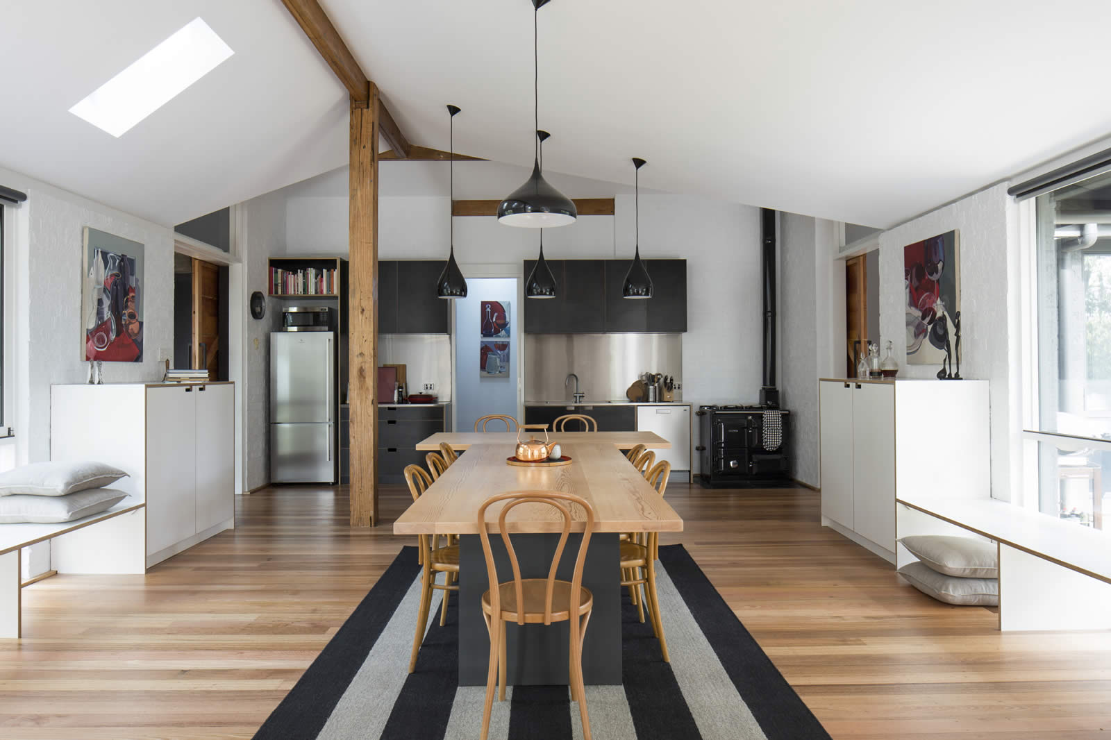 Loft Style Rural Residence - Mt Toolebewong
